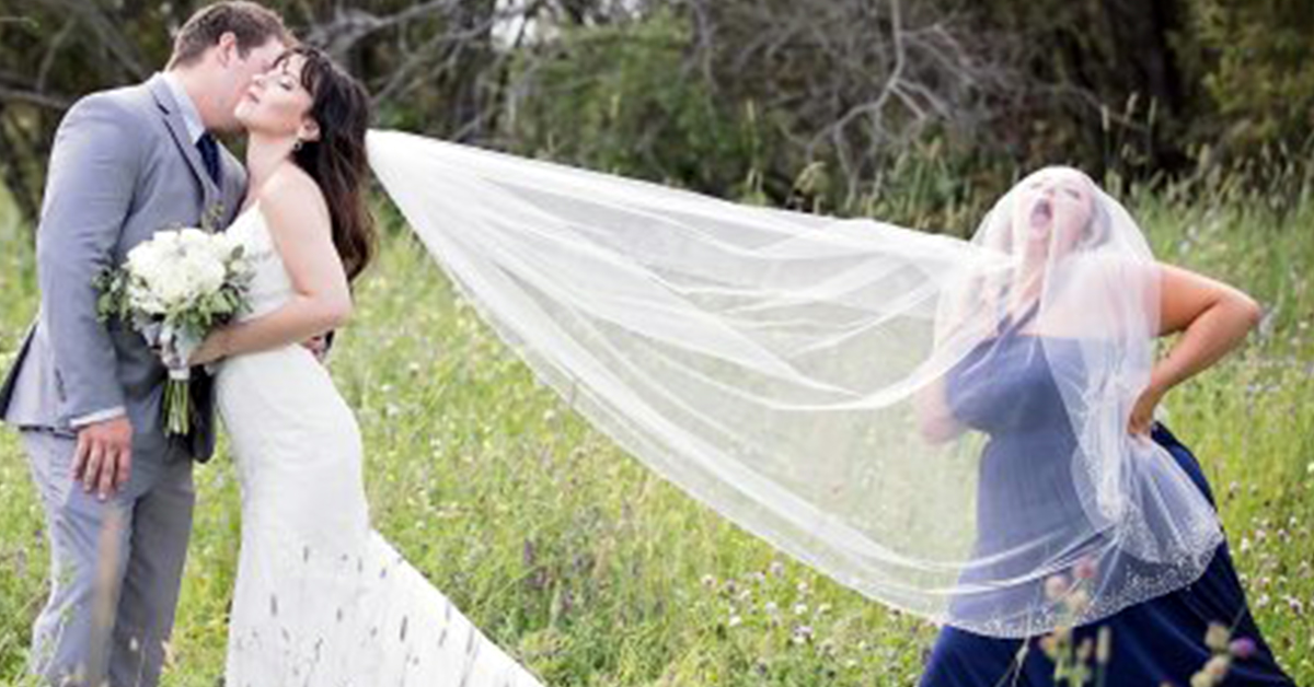 This Maid Of Honor Hilariously Photobombed Her BFF's Wedding Pictures