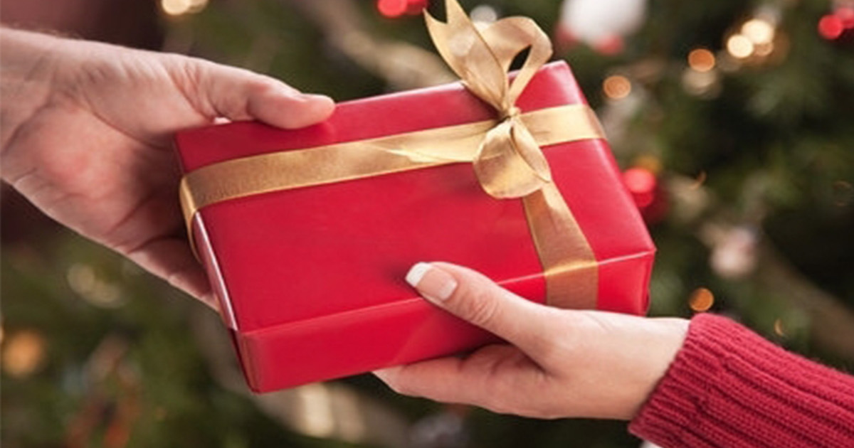 Woman Shares Regretful Gift Someone Got Her Sister For Christmas, And We Hope She's Okay