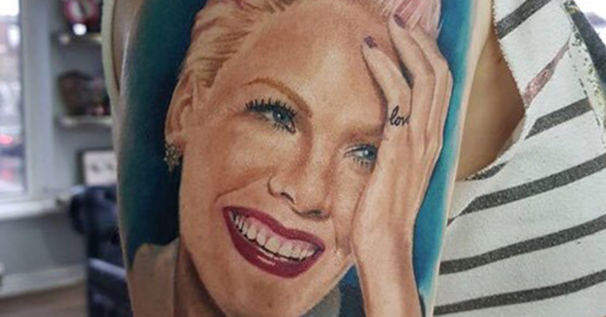 Girl With Awesome Tattoo Of P!nk's Face Finally Gets To Meet Pink And Show Her